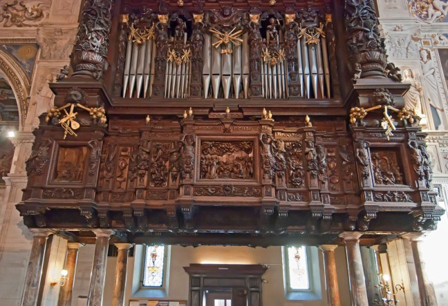 Madonna organo dettaglio